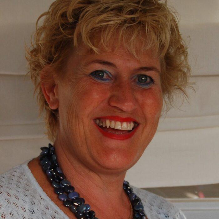 Anita van Schie